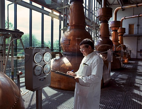 Monitoring the distillation of Gin at United Distillers Gordons Tanqueray etc Laindon Essex England
